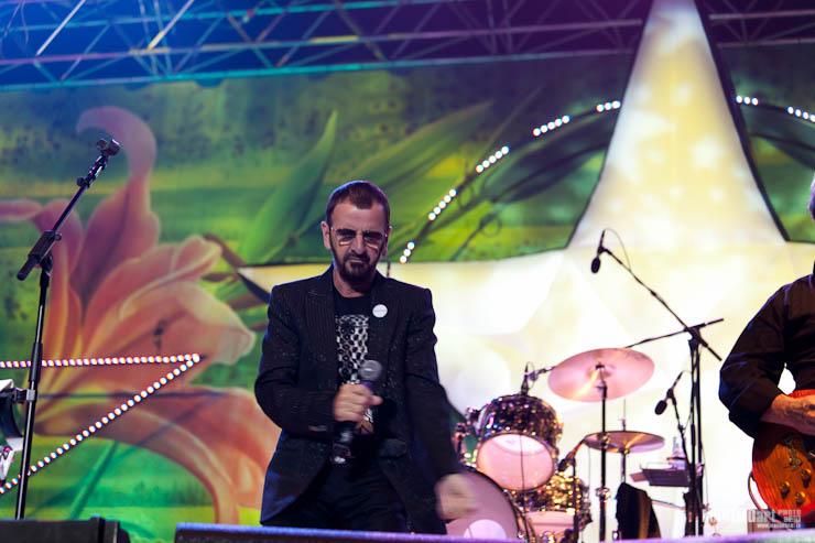 Ringo Starr Concert in Riga 2011-7.jpg