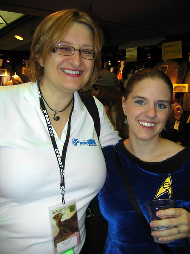 Elonka Dunin and me at Dragon*Con 2007. I love conventions.