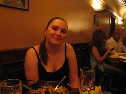 080524. linda hamilton! from scotland!