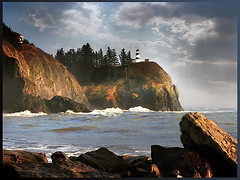Lighthouse at Cape Disappointment, Washington (h_roach) Tags: lighthouse searchthebest shoreline columbiariver soe capedisappointment blueribbonwinner anawesomeshot outstandingtravelphotos a3b betterthangood wahsingtonstate goldstaraward