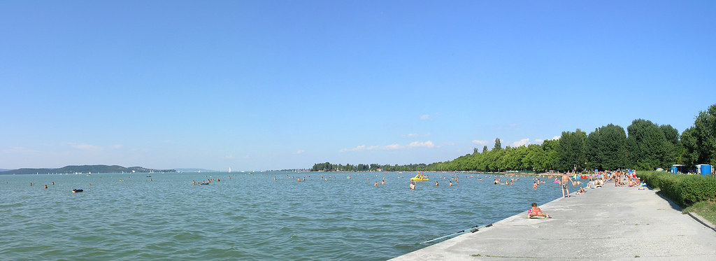 Balatonfoldvar - public beach panorama