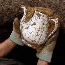 hands, teapot