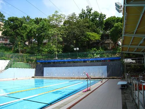 明志科大游泳池