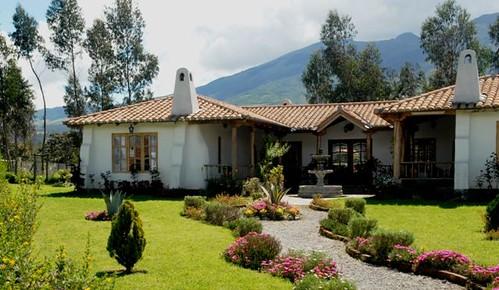 cotacachi-ecuador-san-miguel-house