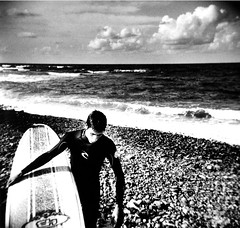 Banzai beach (massi_pugliese) Tags: sea portrait blackandwhite mer white black 120 film beach square holga lomography surf mare waves kodak surfer grain wave 66 squareformat bianco nero spiaggia quadrato onde 400iso tavola santamarinella onda grana pellicola kodaktrix400 analogico aod surfinf 123bw medioformato bwart artlibre banzaibeach artlibres ilfordwarmtone cartabaritata massimilianopugliese wcwithoutcolors massipugliese