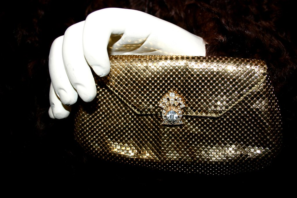 Whiting and Davis Vintage Metallic Evening Clutch bag with Rhinestone clasp - 03