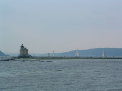Kingston Point Lighthouse (bawoodvine) Tags: summer newyork buildings boats sailing kingston streamsandrivers