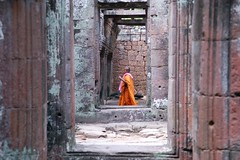 Angkor in the morning (mare76) Tags: cambodia kambodscha monk angkor