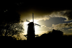 Hollands Glory (Wiechert Visser) Tags: holland mill netherlands windmill dutch zeeland molen zierikzee windmolen korenmolen thatsclassy wiechertvisser