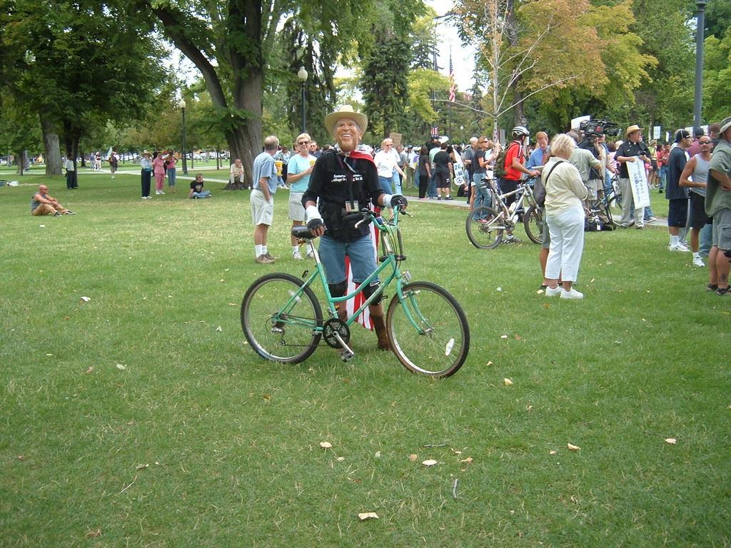 George&Bike08 22