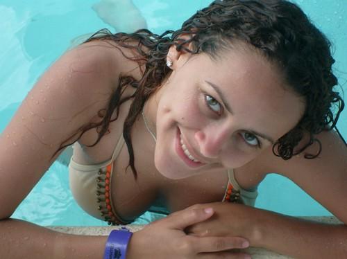 Chica Alante
