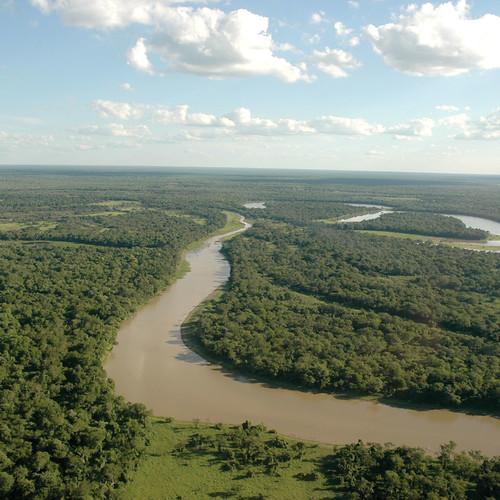 Le Río Bermejo, limite entre les provinces de Formosa et du Chaco.