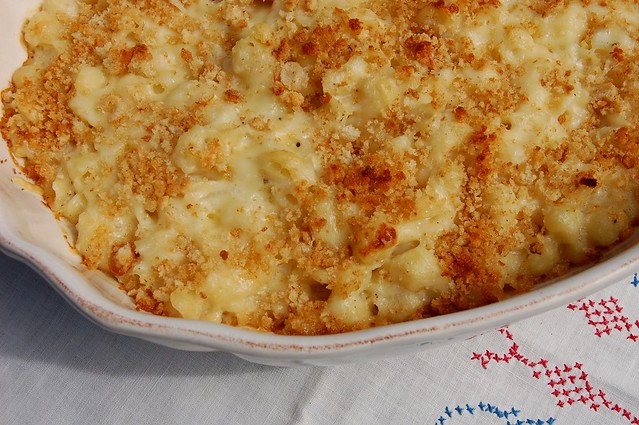 Homemade baked mac n cheese