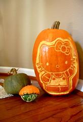 hello pumpkin (sevenworlds16) Tags: hello halloween pumpkin jackolantern hellokitty kitty carving alot fromsupermario ilikethatlittlewarpedpumpkin itremindsmeoftoad