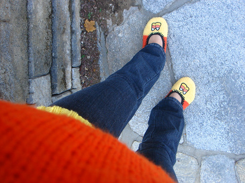 candycorn_slippers2