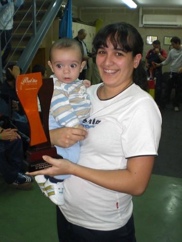 Lydia Muñoz con su hijo Cristian Dionis