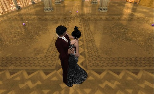 COUPLES IN SECOND LIFE