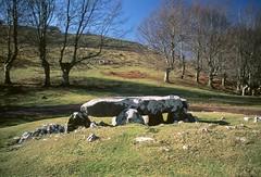 jentilarri_ (iraio) Tags: country basque euskadi dolmen aralar goierri jentilarri