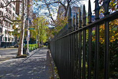 A circumnavigation of Gramercy Park 6, Manhattan, 19 Nov. 2008 by PhillipC, on Flickr