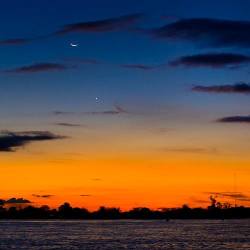 A Lua, a estrela e o guaiba