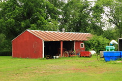 Shed-HBrook-June2011 (Carlos L. Yordan) Tags: red green farm shed organic penningtonnj
