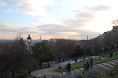 Uitzicht vanaf het park bij de sacre coeur (Walter Vos) Tags: sacrecoeur uitzicht 2008 parijs