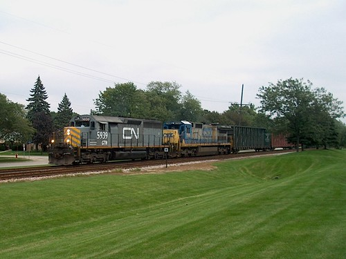 Westbound Canadian National freight train. North Riverside Illinois. September 2006. by Eddie from Chicago