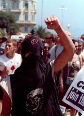 Manifestazione contro il G8, Genova luglio 2001 (rogimmi) Tags: italia protesta genova anarchy g8 manifestazione dimostrazione noglobal anarchia anarchici