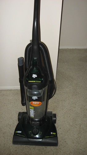 shark bagless vacuum for uk