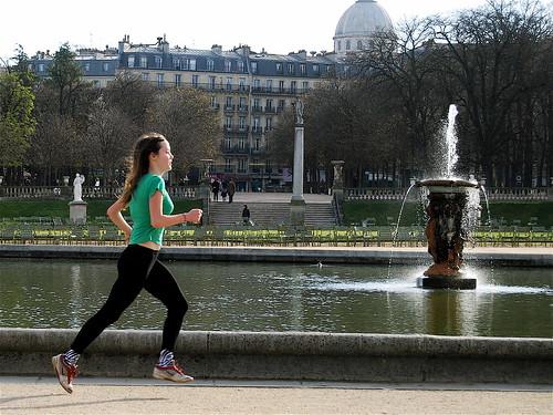 Paris - Luxembourg park Corredora
