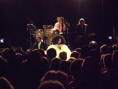 Diana Ross performs