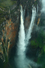 Kerepakupai Mer (Angel Falls) (Ian Lambert) Tags: mist wet angel america rainforest venezuela south falls waterfalls tropical highest mywinners jimmyangel goldstaraward kerepakupaimer 972m