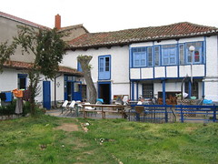 "Hospital de Orbigo Albergue Backyard • <a style=""font-size:0.8em;"" href=""http://www.flickr.com/photos/48277923@N00/2622216847/"" target=""_blank"">View on Flickr</a>"