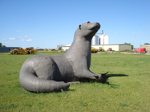 Giant Metal Otter
