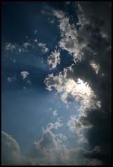 Something New In The Sun Today (Sartori Simone) Tags: italien sky italy sun storm clouds europa europe italia nuvole cielo rays sole italie raggi temporale veneto newlight allrightsreserved piovedisacco saccisica simonesartori nuovaluce