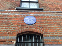 Photo of Annie Besant blue plaque