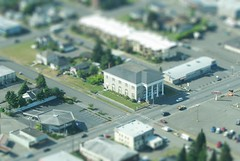 7th & Lincoln, Port Angeles  mini (CORDAN) Tags: seattle miniature model portangeles 2008 riteaid tiltshift kenmoreair fakemini faketiltshift faketilt tiltshiftminiature canons3is modeleffect cordan fakemodeleffect