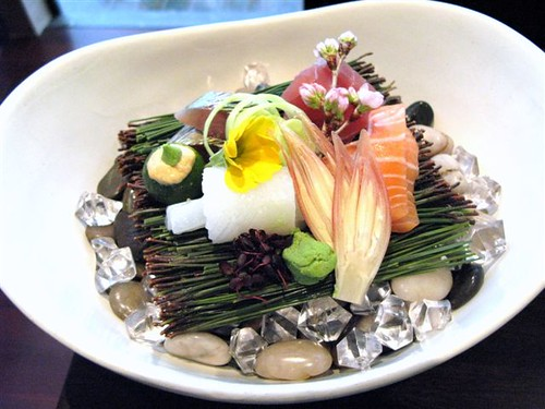 sashimi with 5 types of seafood