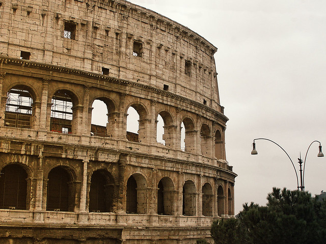 Colosseo in Gold