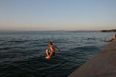 Og aftur  lofti (johannbaldvinsson) Tags: swimming slovenia piran