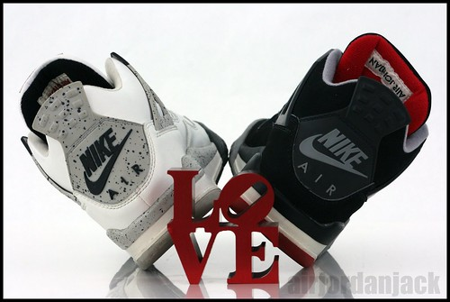 AIRJORDANJACK IVs love reflection