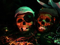 It Be Pirate Day (jciv) Tags: desktop wallpaper lightpainting halloween skull treasure pirate pirateday 3600hs itlapd pirateskulls sonya350 f42am