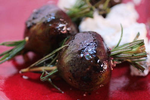 Rosemary Grilled Figs