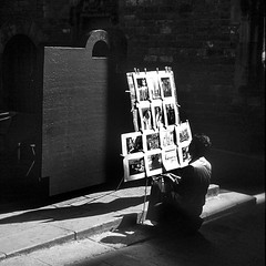 painter in barcelona () Tags: barcelona light shadow blackandwhite white black andy andrea andrew ombre painter bianco nero pittore benedetti