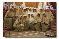 """""""Say Cheeeeeese!"""" (buyie - think and shoot !) Tags: hijab muslimah dq hafiz jakim kualakububharu f1850mm 40d flowersofislam darulquran buyie dqkkb aqrab huffaz"""
