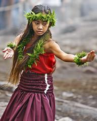 Haunu`u Ho`opai (Bill Adams) Tags: volcano hawaii hula dancer 8x10 explore bigisland keiki wahine investiture halemaumaucrater canonef70200mmf28lisusm hulakahiko haunuuhoopai