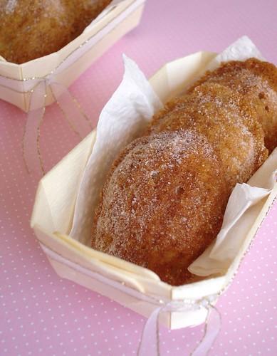 Pear cinnamon madeleines4
