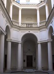 San Carlo alle Quattro Fontane courtyard
