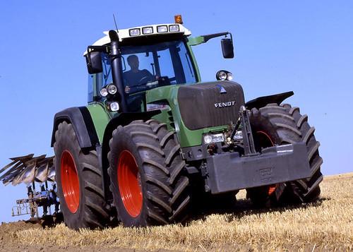 Traktory, ciągniki rolnicze Fendt używane