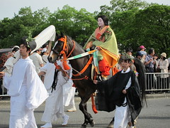 Aoi matsuri festival in Kyoto, Japan;  (Nullumayulife) Tags: horse orange woman brown white green colors beautiful festival japan asian japanese kyoto traditional exotic  belle  nippon matsuri  japon giappone nihon  japao  japons   aoi   2011    japonaise  japanishe